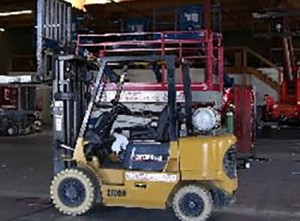 CAT-GP-25K-American-Scissor-Lift