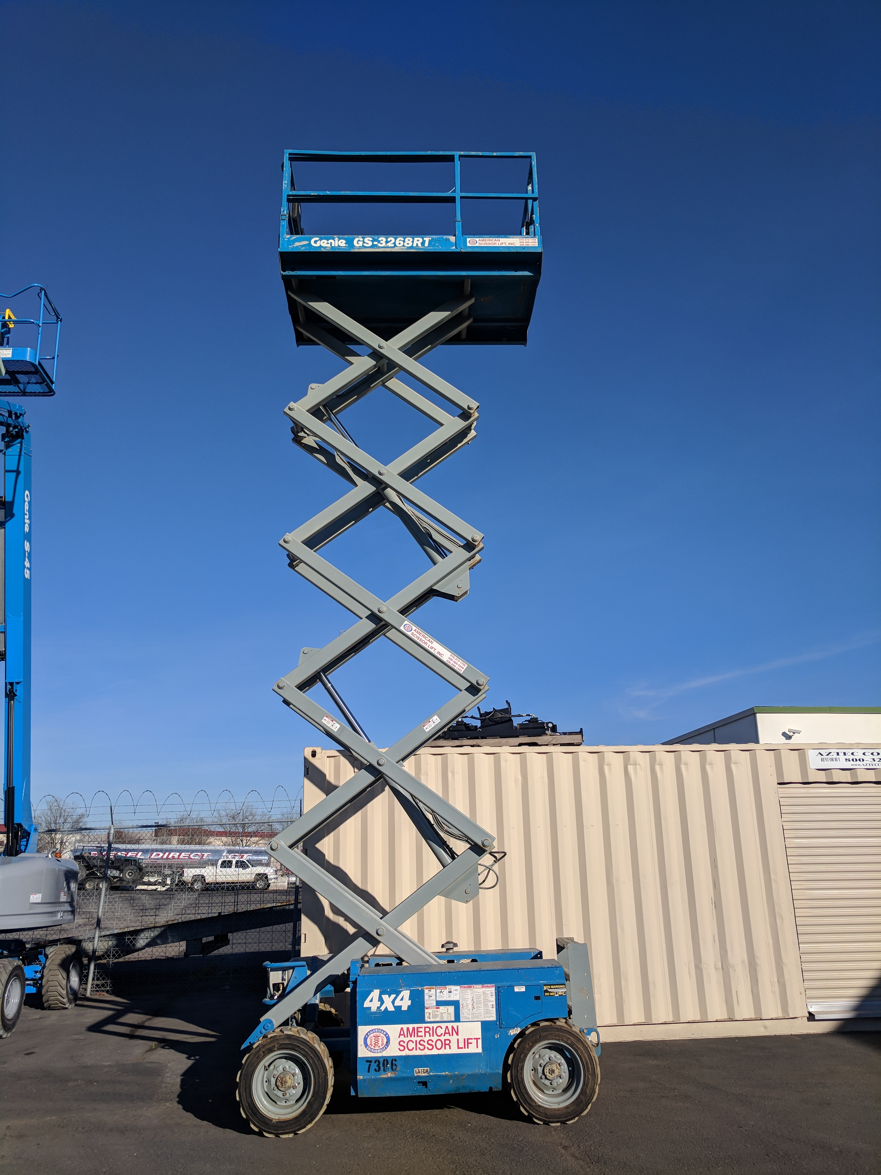 32 ft scissor lift - 2005 Genie Model Gs 3268 Rt 4wd As Is 12 950 Painted 14 950
